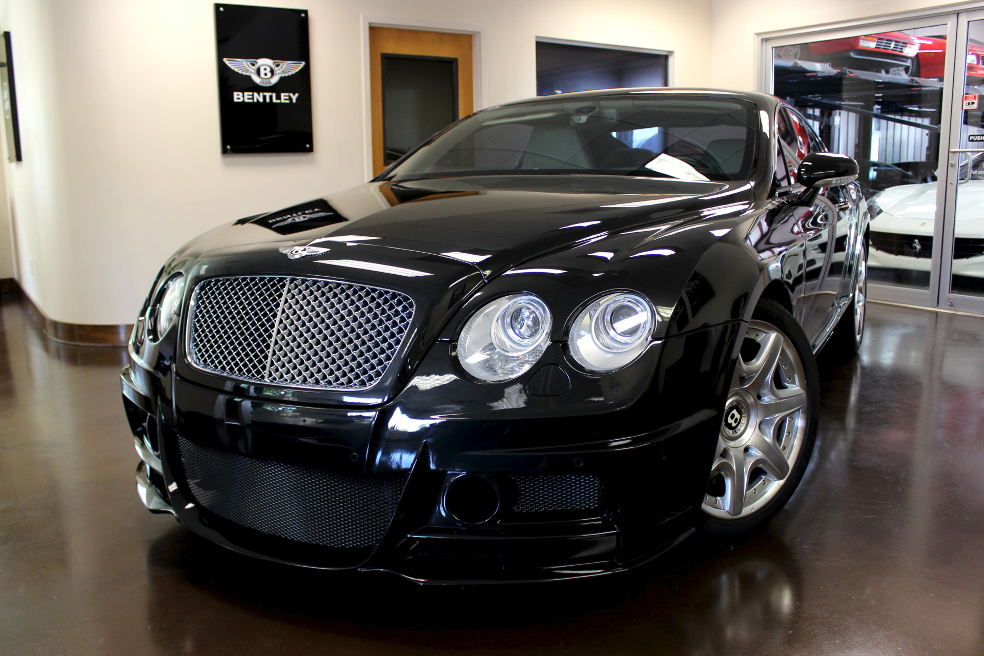 Main L on 2005 Bentley Continental Gt