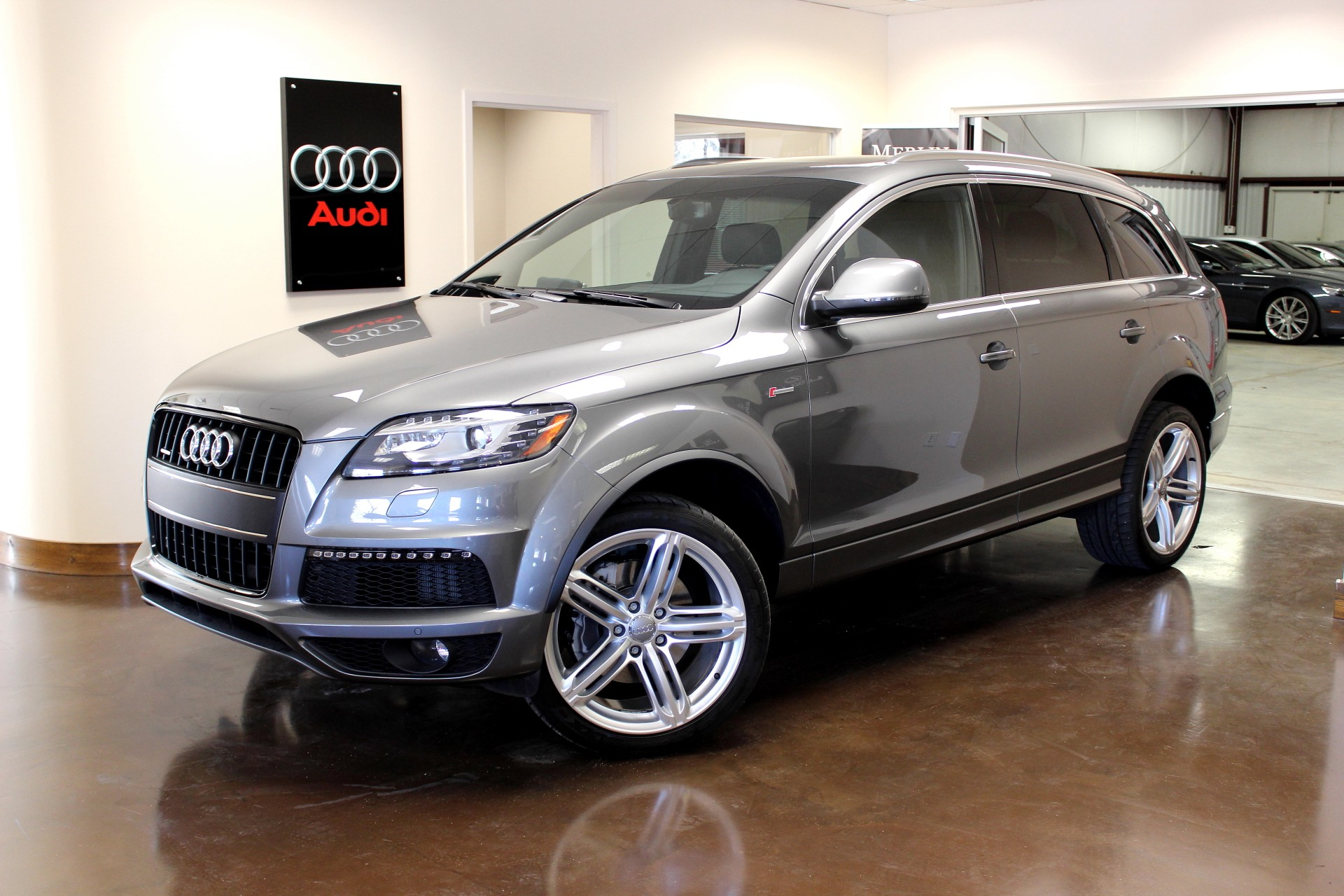 used 2014 audi q7 stock p3020 ultra luxury car from merlin auto group. Black Bedroom Furniture Sets. Home Design Ideas