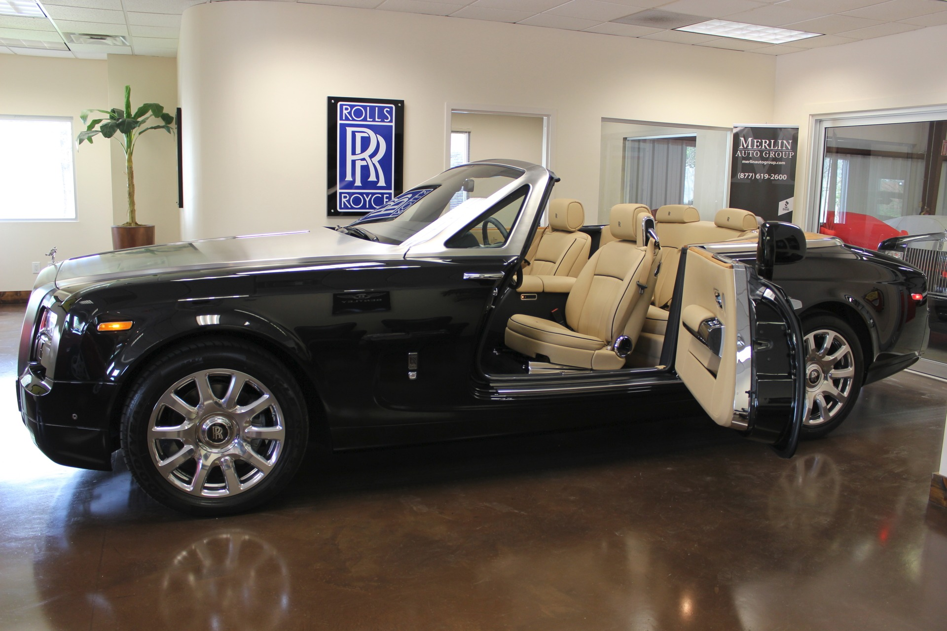 Used 2014 Rolls Royce Phantom Drophead Coupe stock P3050 Ultra