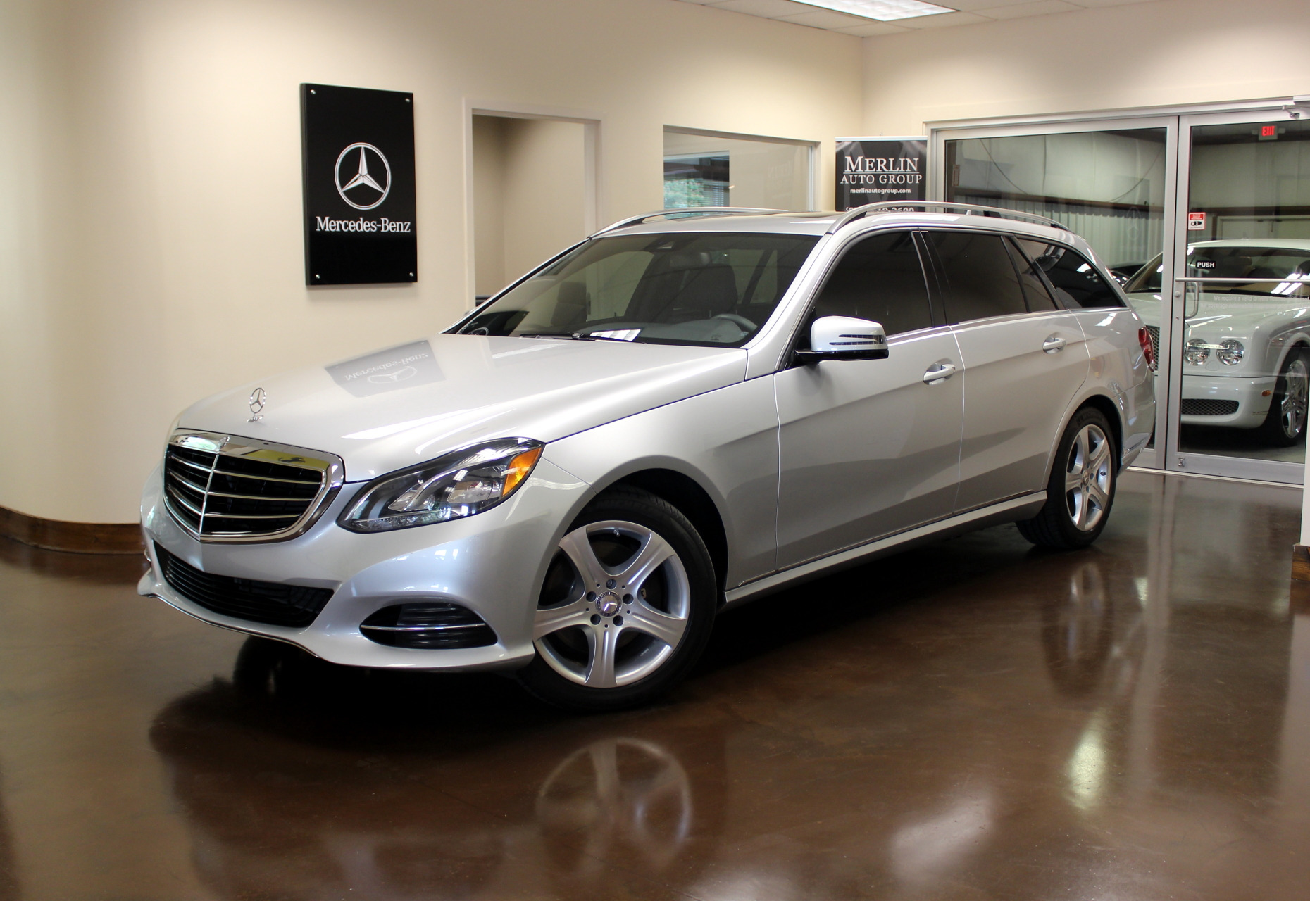 Used 2014 mercedes benz e class stock p3089a ultra for Mercedes benz e350 luxury sedan 2014