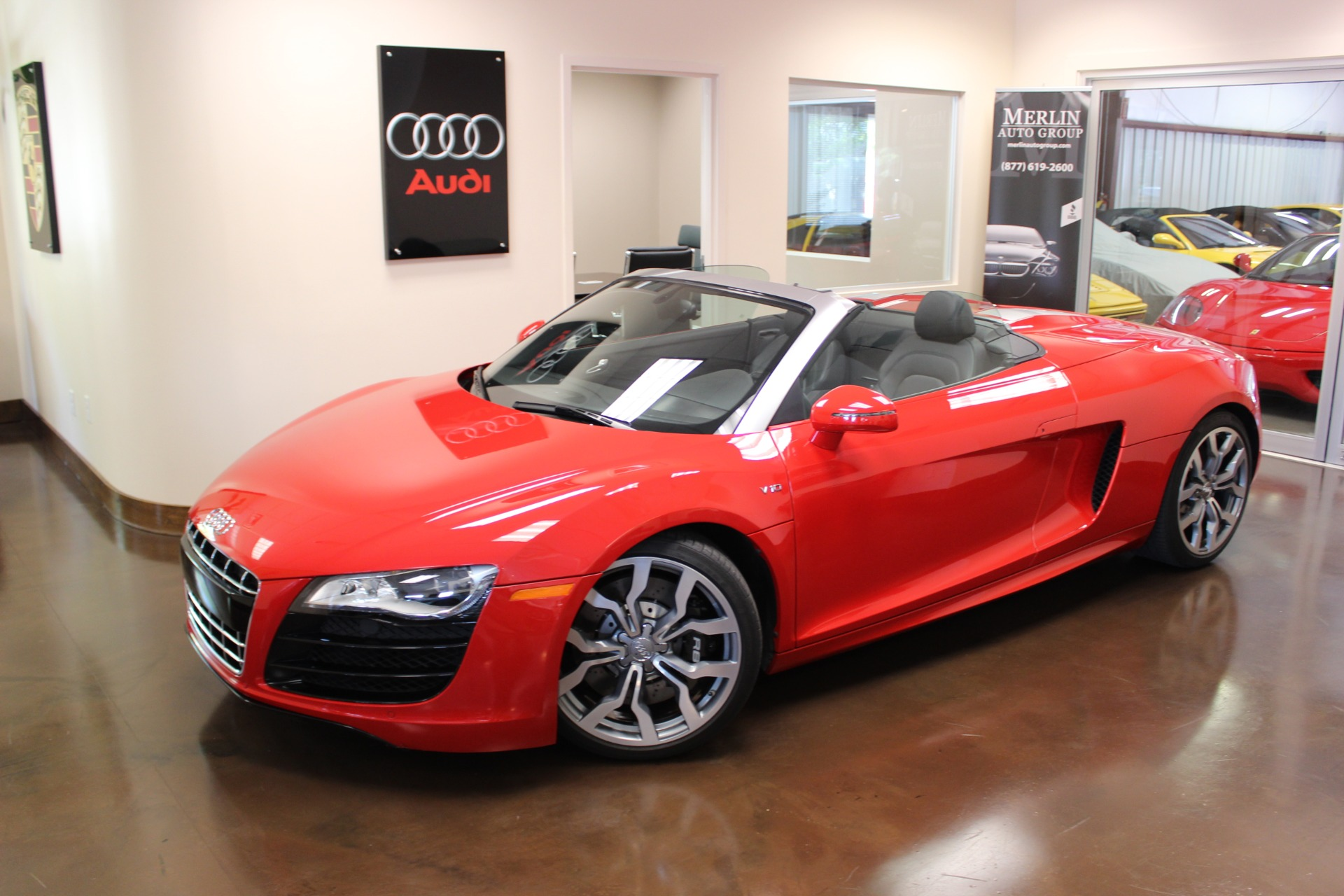 used 2012 audi r8 brilliant red convertible v10 a used audi r8 for sale in atlanta. Black Bedroom Furniture Sets. Home Design Ideas