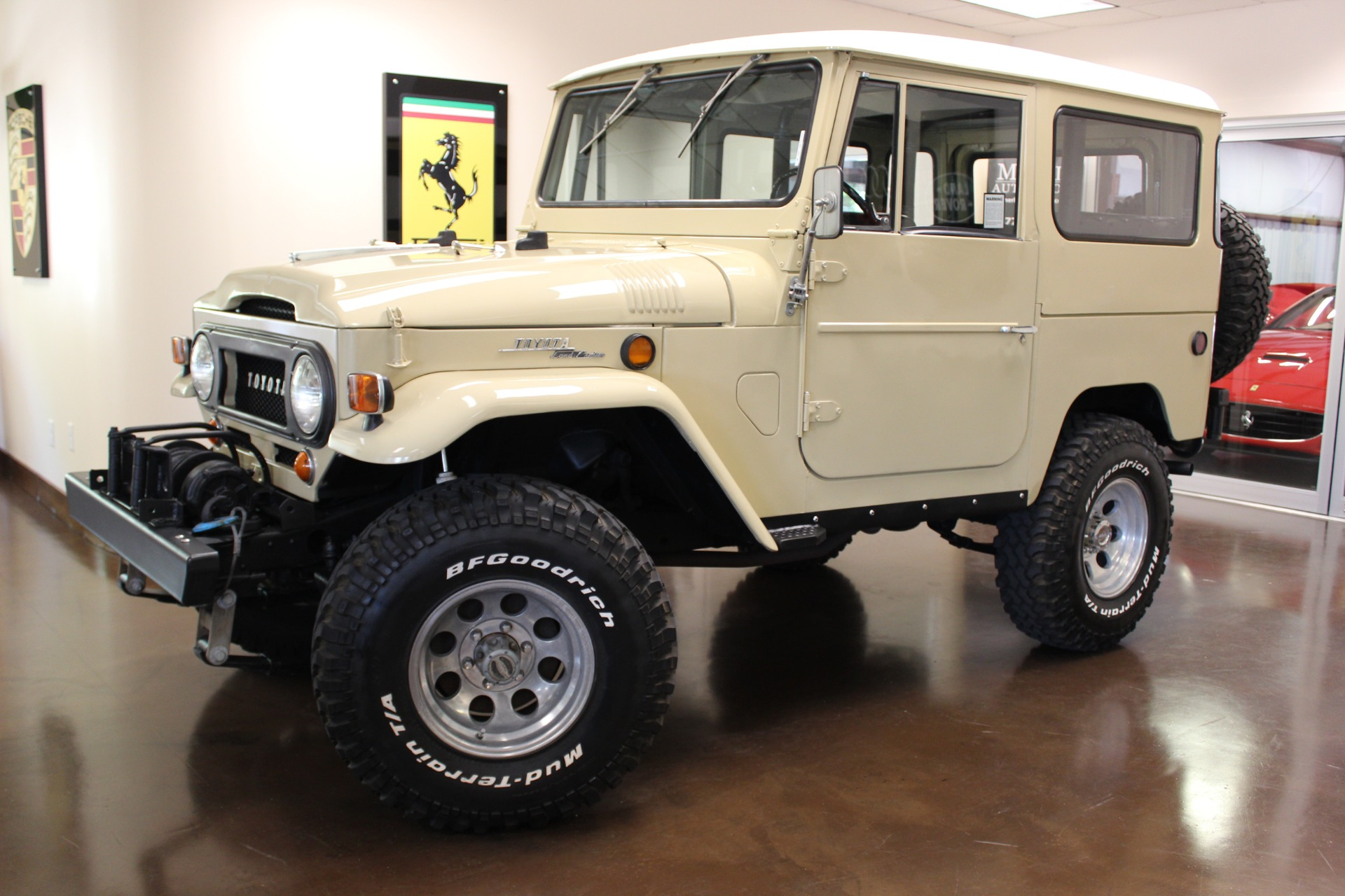 Used 1969 Toyota FJ40 stock P3154 - Ultra Luxury Car from Merlin Auto Group