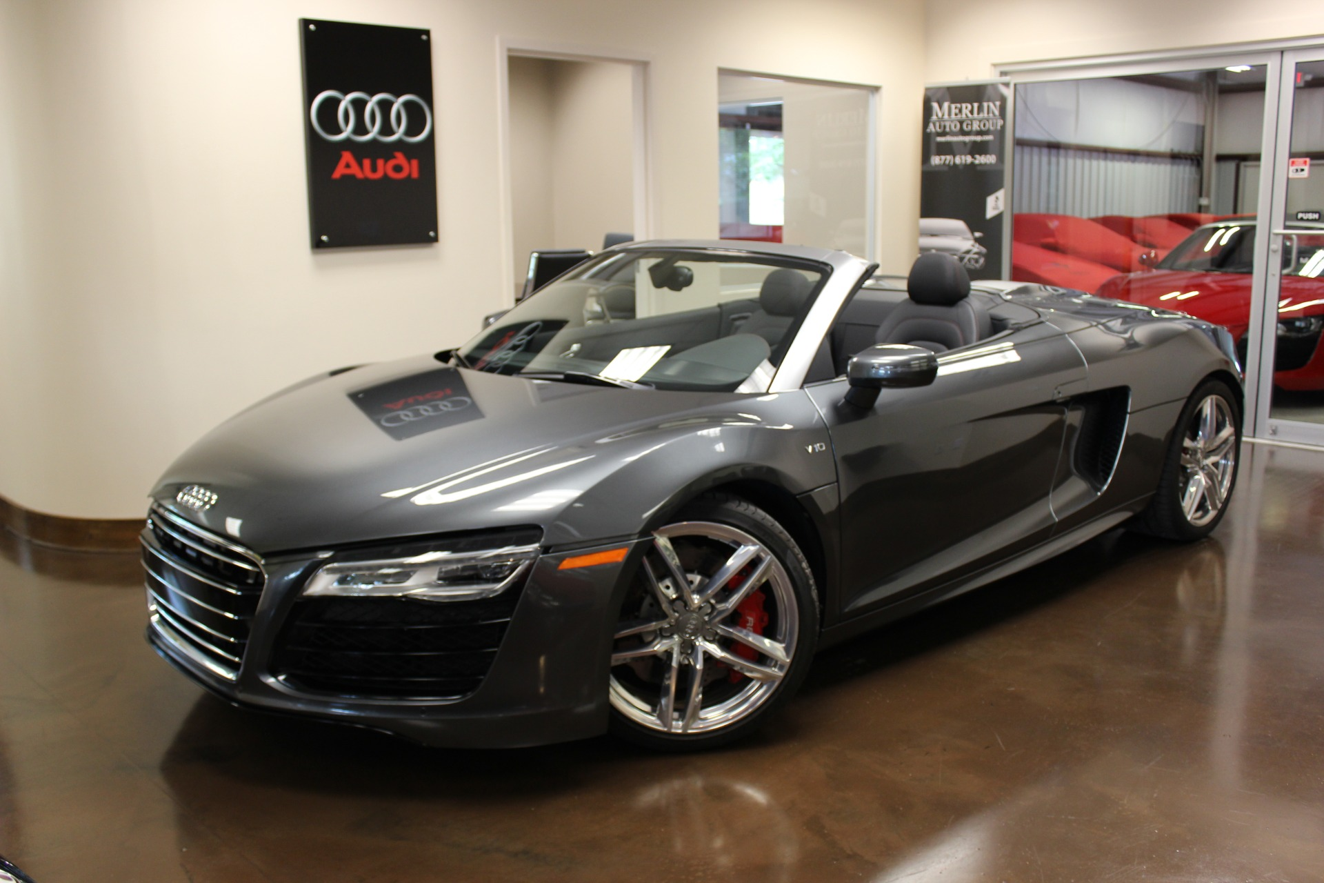 used 2015 audi r8 v10 convertible automatic manual navigation leather used audi r8 for. Black Bedroom Furniture Sets. Home Design Ideas