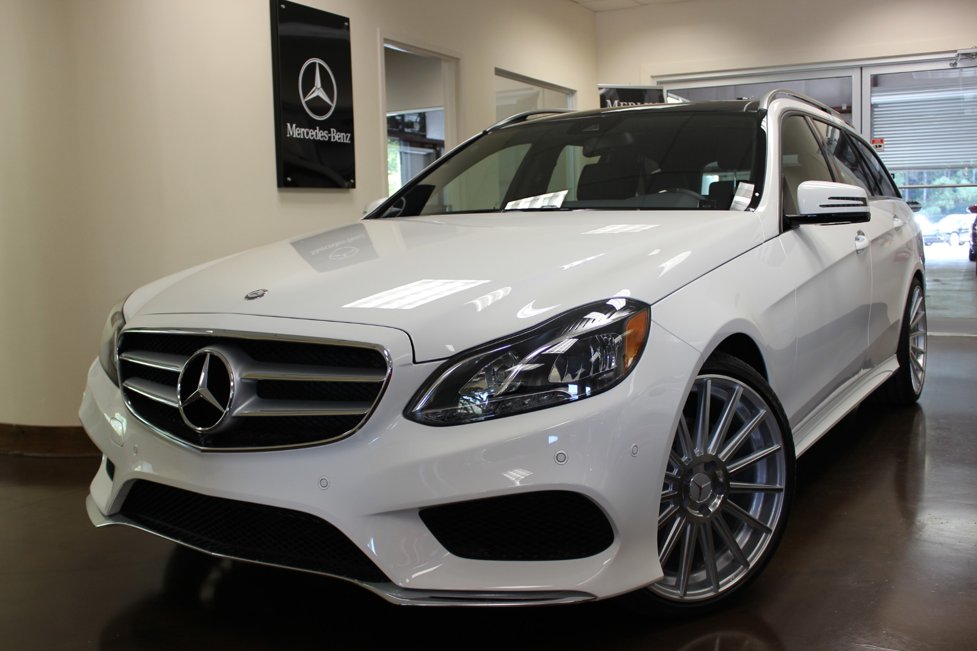 Used 2015 mercedes benz e class stock p3223 ultra luxury for Mercedes benz new cars 2015