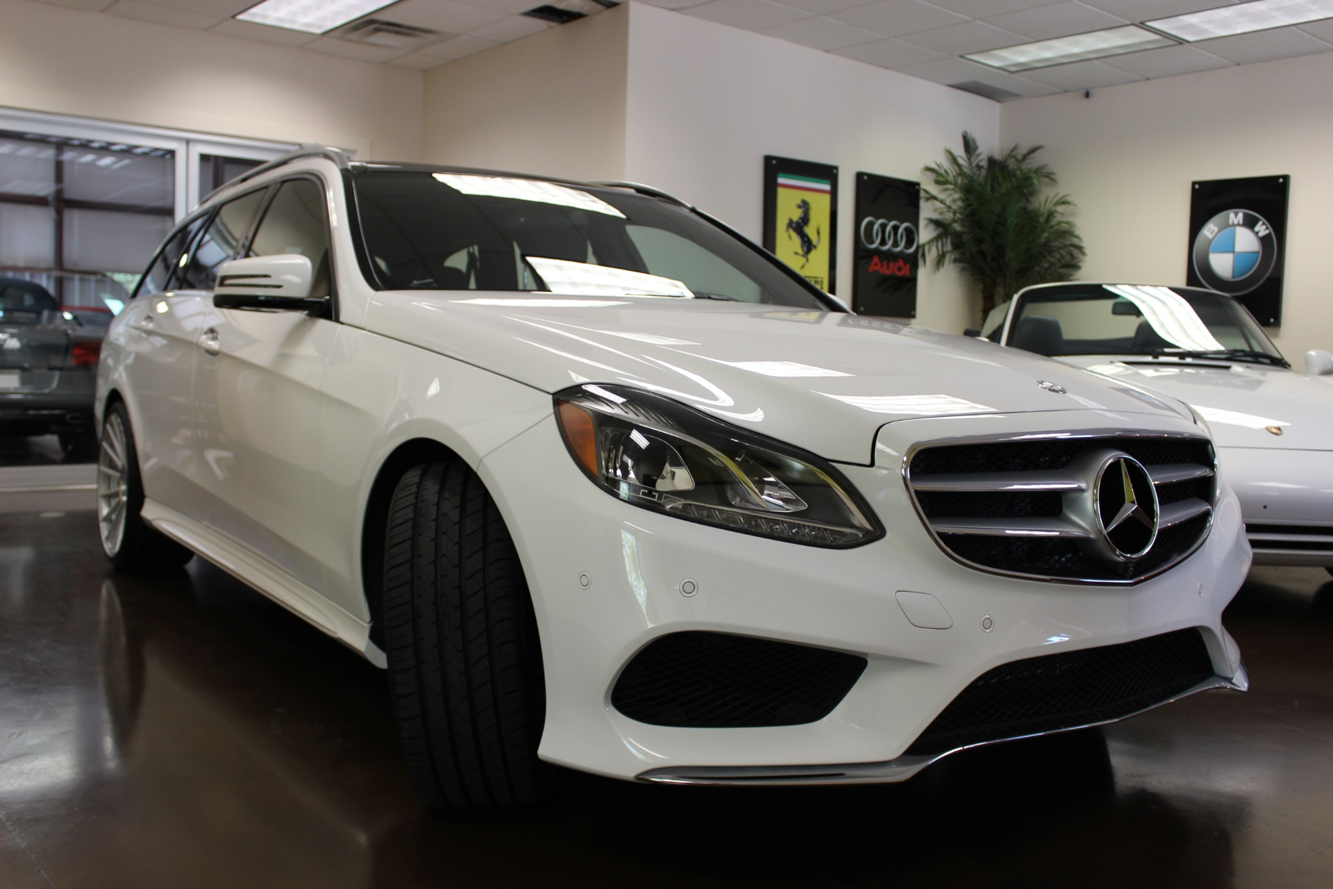 Used 2015 mercedes benz e class white wagon v6 a for Mercedes benz v6