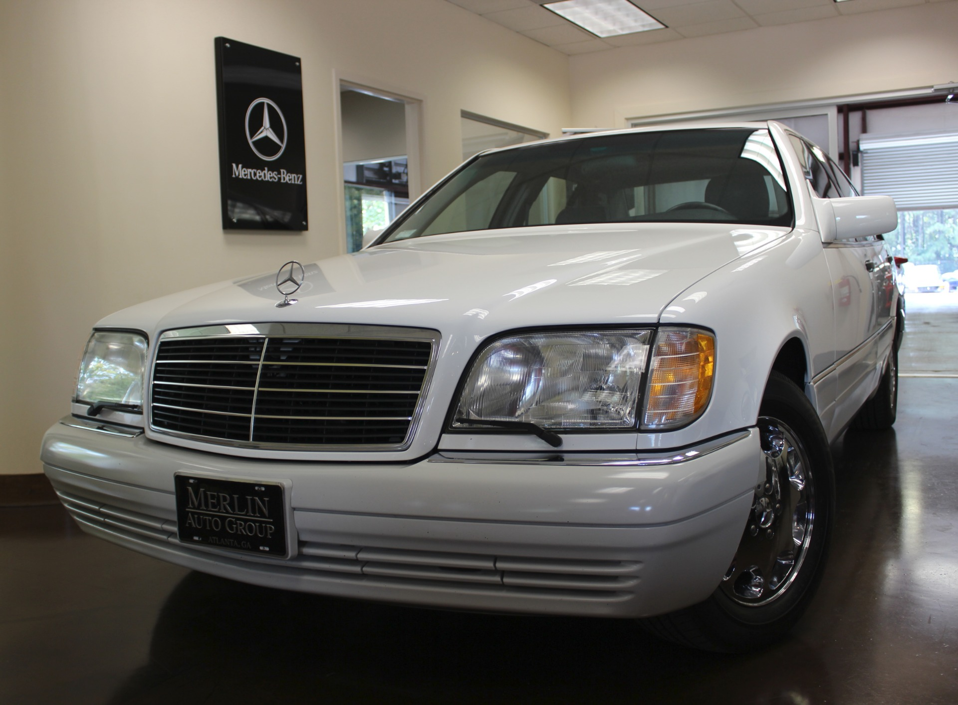 Used 1995 mercedes benz s class white sedan v8 a for Used mercedes benz for sale in usa