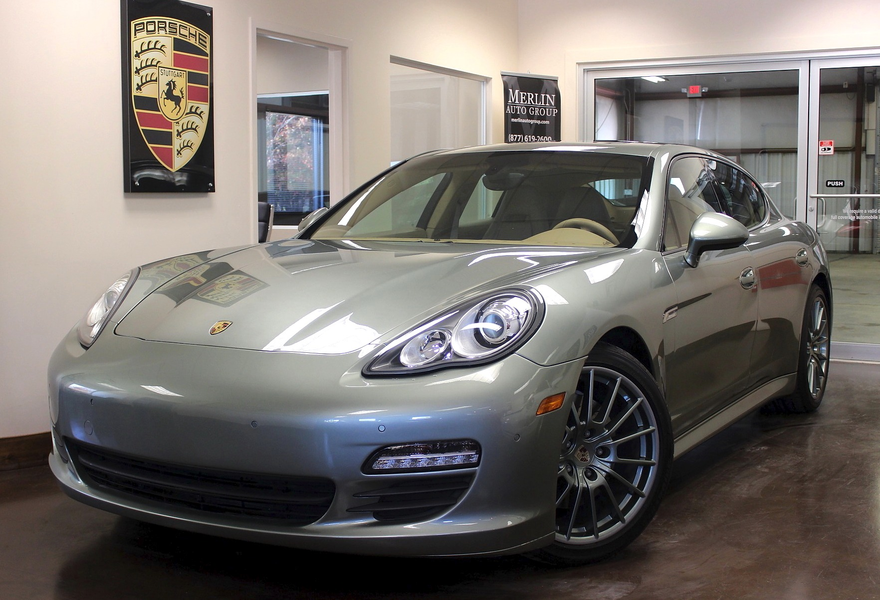 2012 porsche panamera 4dr ebay. Black Bedroom Furniture Sets. Home Design Ideas