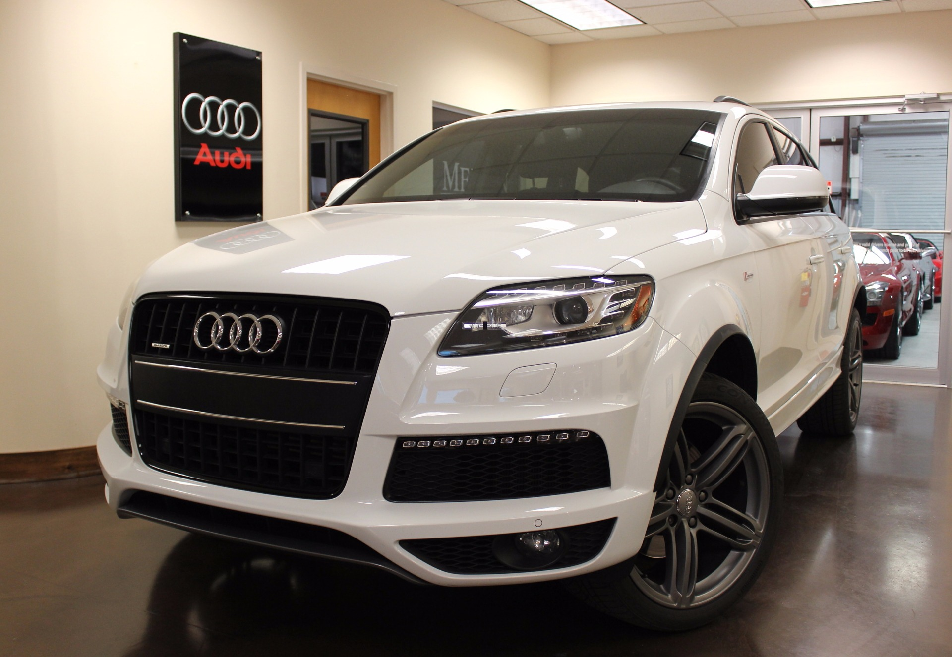 used 2014 audi q7 stock p3810 ultra luxury car from merlin auto group. Black Bedroom Furniture Sets. Home Design Ideas