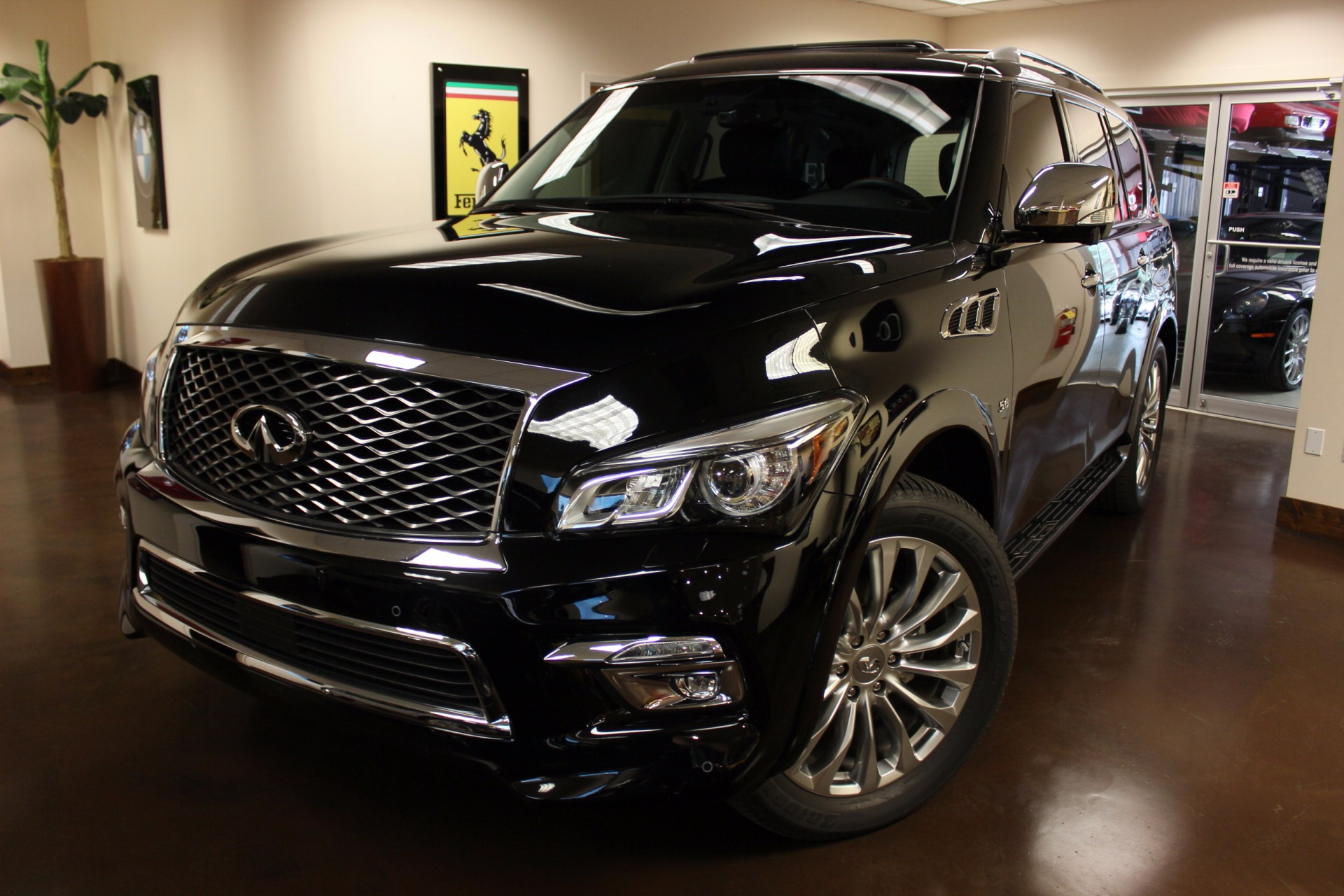 used 2016 infiniti qx80 stock p3914 ultra luxury car from merlin auto group. Black Bedroom Furniture Sets. Home Design Ideas