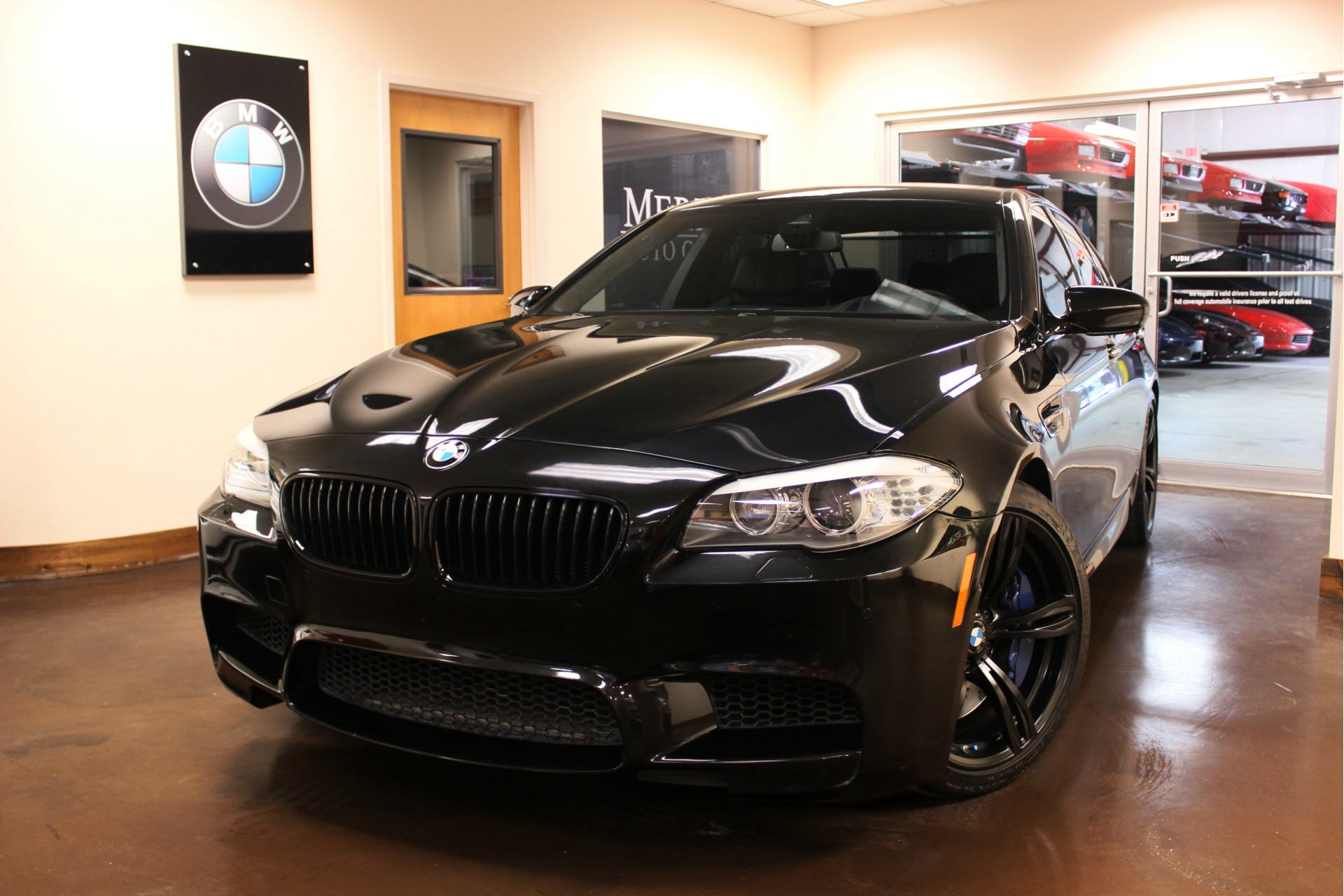 used 2013 bmw m5 stock p3546a ultra luxury car from merlin auto group. Black Bedroom Furniture Sets. Home Design Ideas