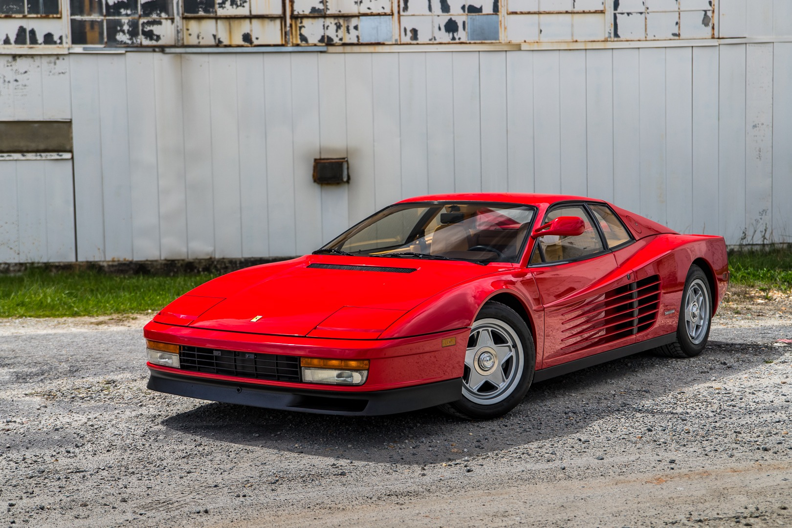 1986 Ferrari Testarossa Flying Mirror.