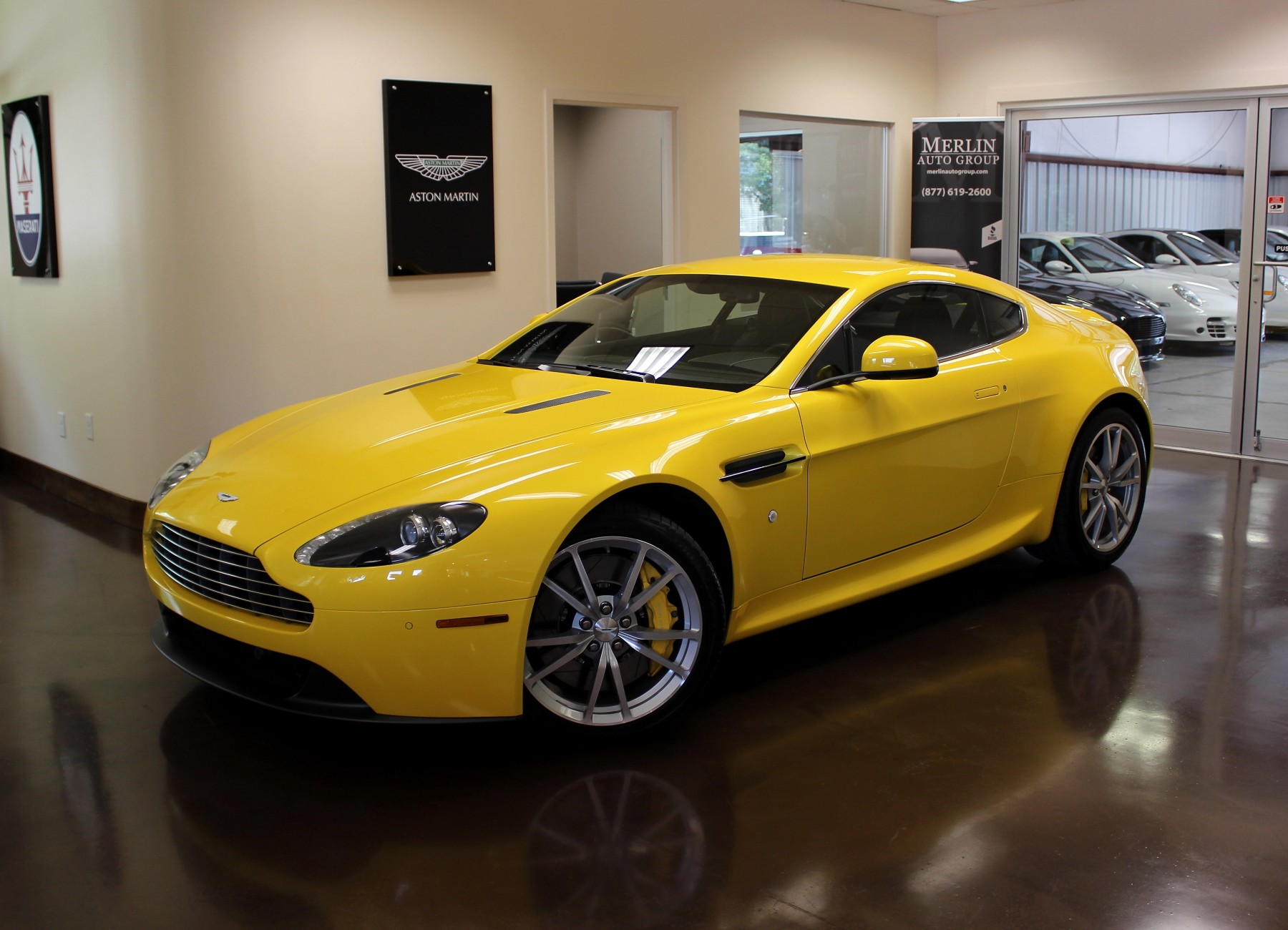 used 2012 aston martin v8 vantage stock p2851 ultra luxury car from merlin auto group. Black Bedroom Furniture Sets. Home Design Ideas
