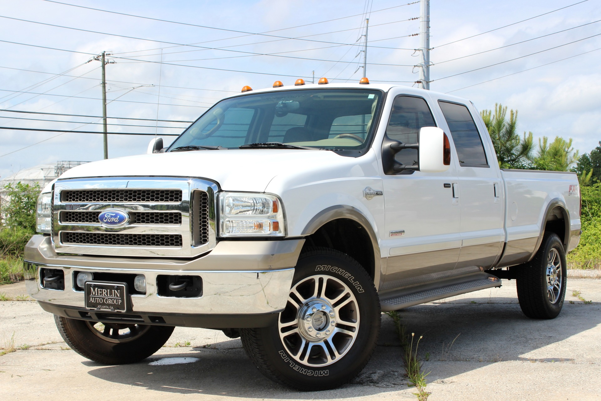 2005 Ford F-350 SD Crew Cab King Ranch 4X4 Long Bed