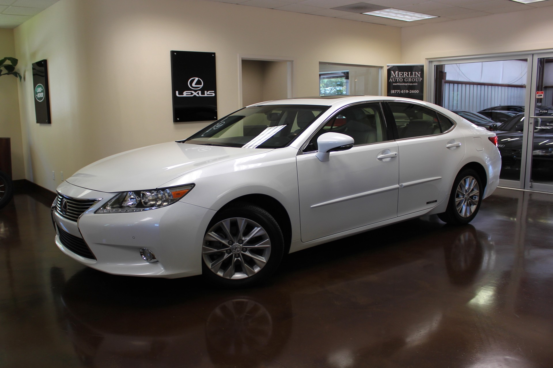 used 2013 lexus es 300h stock p2894 ultra luxury car from merlin auto group. Black Bedroom Furniture Sets. Home Design Ideas